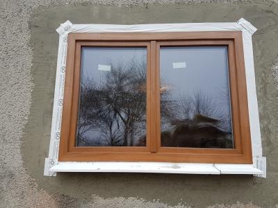 06 pedantná teplá montáž na pásky okno PIXEL farba SIena PL.jpg