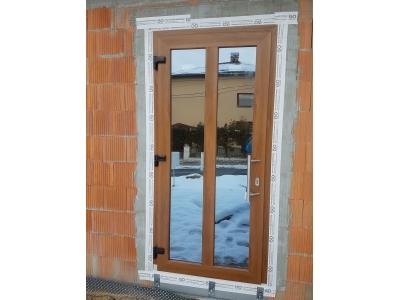 14 jednoduchý vzor plastových dverí so zrkadlovým sklom.jpg